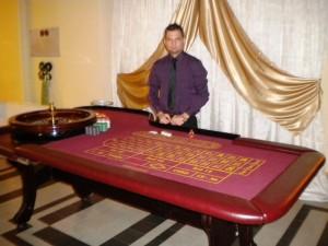 rulett, rulett asztal, rulett asztal bérlés rendezvényre, céges rendezvényre rulett bérlés, rendezvény , rendezvénykaszinó , rendezvény kaszinó , kaszinó , kaszinóbérlés , kaszinó bérlés , rendezvényre kaszinó , kaszinósarok , kaszinóra ajánlat , rendezvényajánlat , rulett , rulett bérlés , black jack , kártya , kártyajáték , rulettjáték , bérelhető rulett , poker , póker , pokerasztal , pókerasztal , póker bérlés , pókerasztal bérlés , poker asztal , rulett asztal bérlés , texas hold em poker bérlés , kaszinó személyzettel , céges rendezvény , rendezvényszervezés , rendezvényre ötlet , csapatépítésre ötlet , csapatépítő játék , céges kaácsony vacsora , karácsony céges rendezvény , marketing , dj , fellépő , családi nap , családi napra ötlet , sportnap , rendezvénykellékek , sátorbérlés , rendezvény helyszínek , balatoni szállodák , kikapcsolódás , játékok , borkóstoló , céges borkostolás , élmyény játékok , interaktív játékok , céges csapatépítés , csapatépítő eszközök , terembérlés , rendezvényszervezés , marketing igazgató , nagyobb rendezvényekre bérelhető , mobilwc , karikaturista , karaoke bérlés , színpad bérlés , színpad technika , énekes , sztárok , eurovízió , sláger , cigányzenekar , étterem , hajó bérlés , céges party , céges buli , céges vacsora , csocso , csocsó , csocso bérlés , csocsó bérlés , darts gép bérlés , ping pong , ping pong játékszabályai , ping pong bérlés , rex rex asztal , rex bérlés , rex asztal bérlés , csocso asztal bérlés , 8 személyes csocso bérlés , csocso rendezvényre , olcsó csocso , csocsó , nyári rendezvény , rendezvénynaptár , rendezvényhelyszínek , rendezvény program , rendezvényprogram , rendezvényprogramok , rendezvény programok , céges rendezvényprogramok, roulette, kaszinó rulett bérlése rendezvényre,rendezvényszervezés, csapatépítés, céges rendezvény